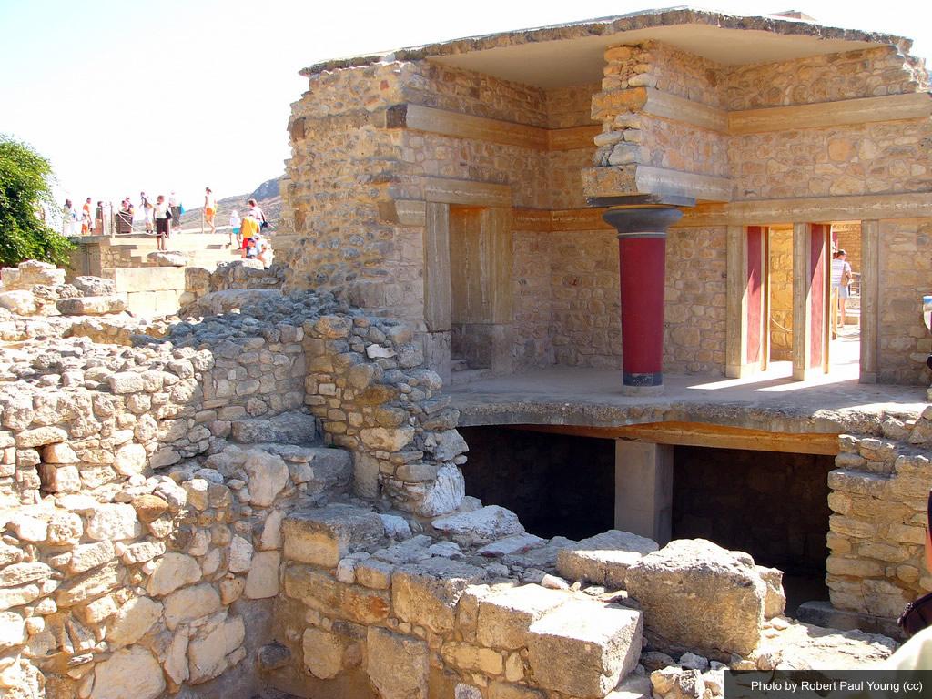 knossos-in-crete-1